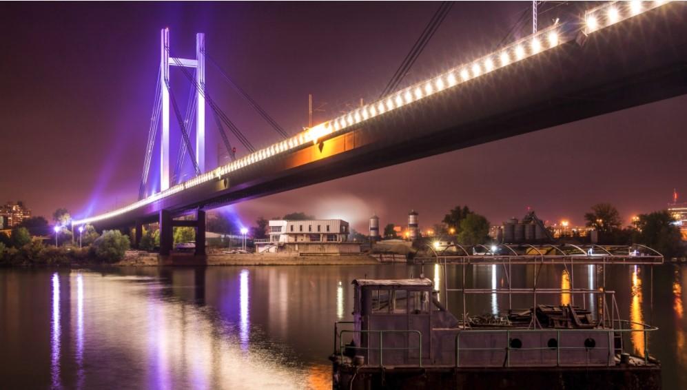 """""""Мост през нощта"""""""