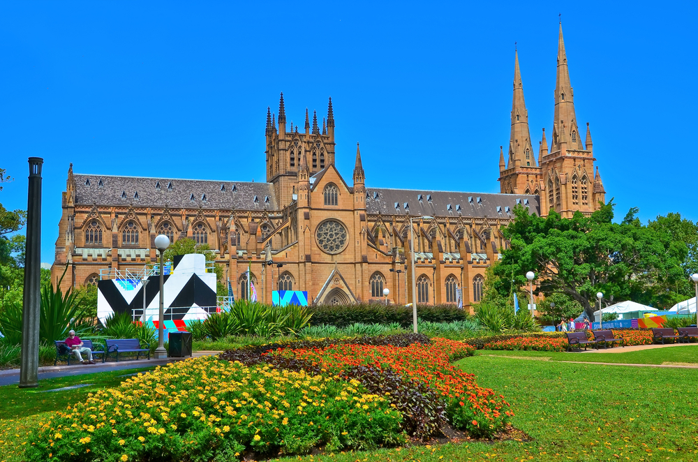 4_D_SYDNEY_CANBERA_St_Mary_Cathedral