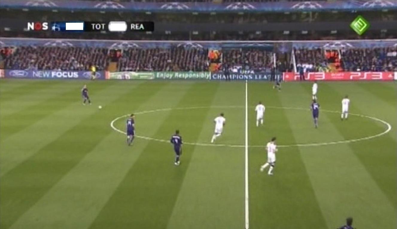 Champions League 2010/2011 - Cuartos de Final - Vuelta - Tottenham Vs. Real Madrid (416p) (Holandés) Captura_3