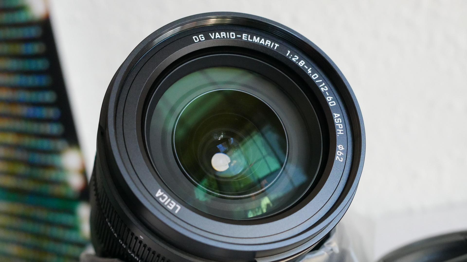 Panasonic Leica Dg Vario Elmarit 12 60mm F 28 40 Asph Power Ois Macro 45mm Lens Hood New Filter Kit Bundle