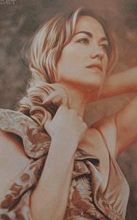 Yvonne Strahovski Avatars 200x320 pixels   Yvonne22