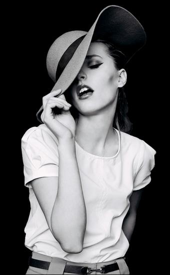 femme_chapeau_tiram_622