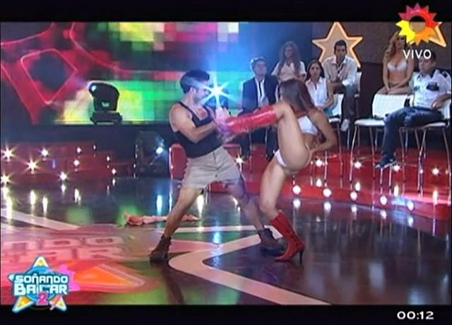 Maribel-Varela-Sx-B2-Duelo-Stripdance-06.jpg