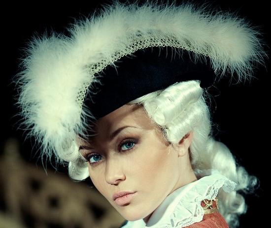 lady_baroque_tiram_90