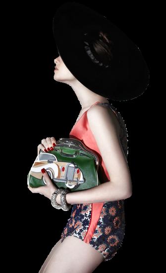 femme_chapeau_tiram_804