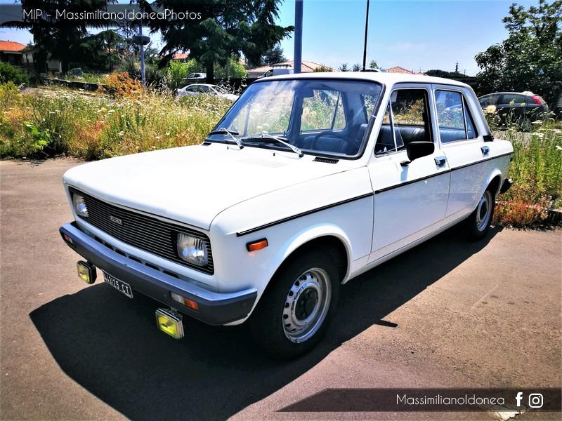 Parking Vintage - Pagina 3 Fiat_128_1_1_54cv_78_CT443125_1