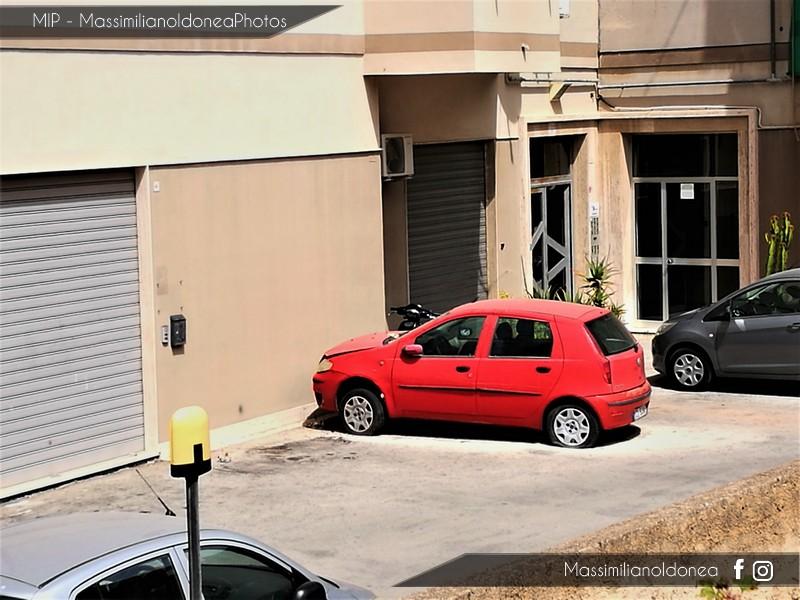 Auto Abbandonate - Pagina 5 Fiat_Punto