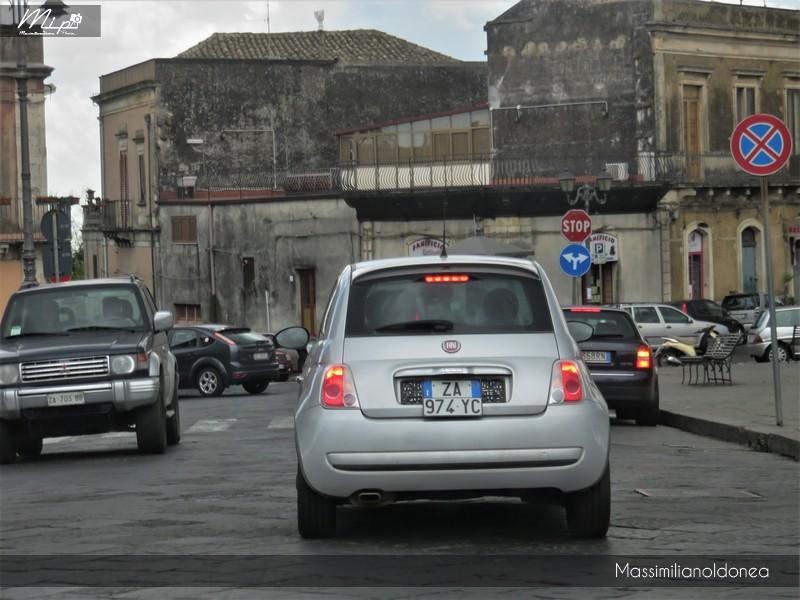 Avvistamenti di auto con un determinato tipo di targa - Pagina 18 Fiat_500_ZA974_YC_1
