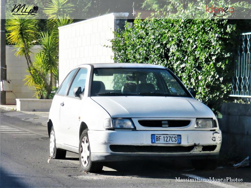 Auto Abbandonate - Pagina 2 Seat_Ibiza_1_4_60cv_99_BF127_CS