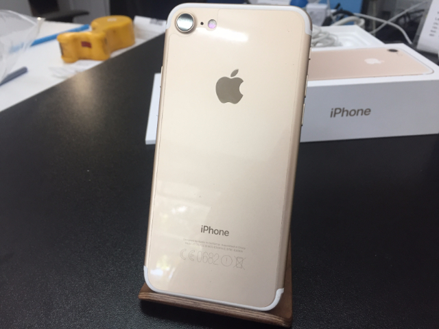 iphone7_32gb_gold_5