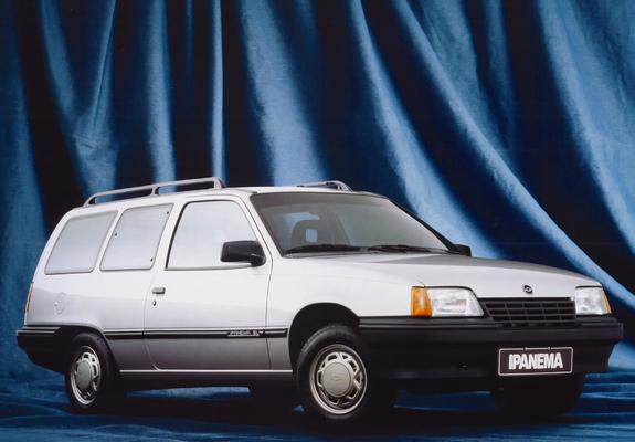 Mezzi Abbandonati - Pagina 5 Chevrolet-ipanema-1990-photos-1-b