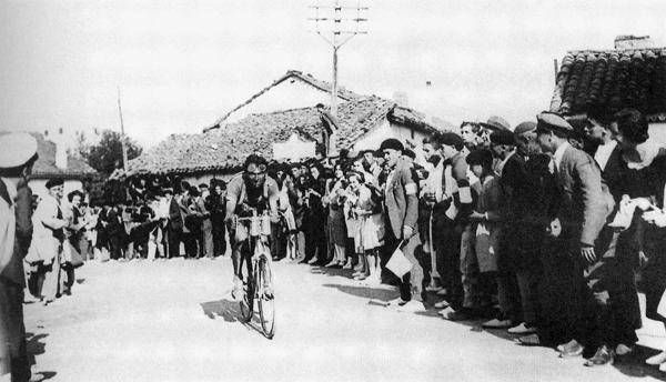Polla VUELTA al PAÍS VASCO. Válida 17ª de la Polla Anual LRDE Eh_itzulia_1926_bottechia