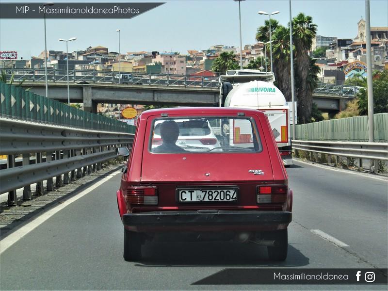 avvistamenti auto storiche - Pagina 22 Fiat_147_1050_49cv_CT782064_3