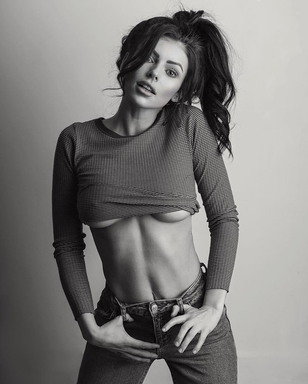 Corin Jamie Lee Clark - Bio | Fitness Models Biography