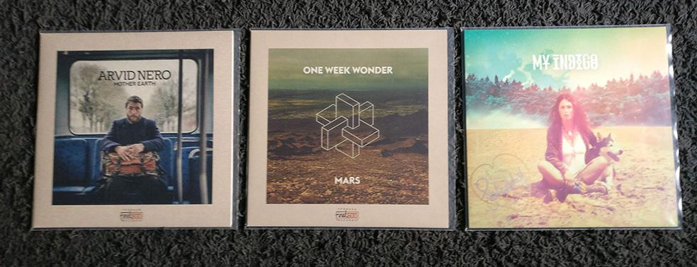 https://image.ibb.co/h3CjTT/Vinyl_records_090618.jpg