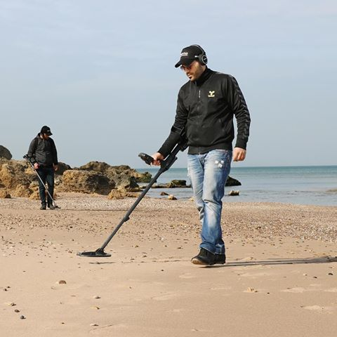 Regton the largest metal detector shop in the UK with a wide selection of Hobby Metal Detectors.For details visit website: https://regton.com/