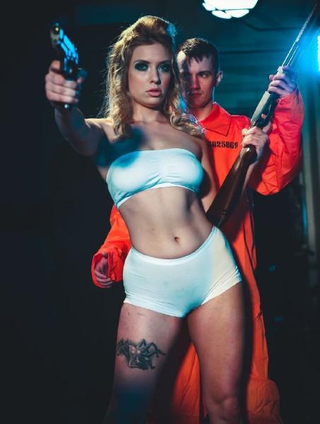 1186239 - [DIGITALPLAYGROUND.COM] top teen blogs-Giselle Palmer - Girls with Guns Scene 1 (2018/DigitalPlayground.com/SD) GISELLE PALMER (-1.00 MB)