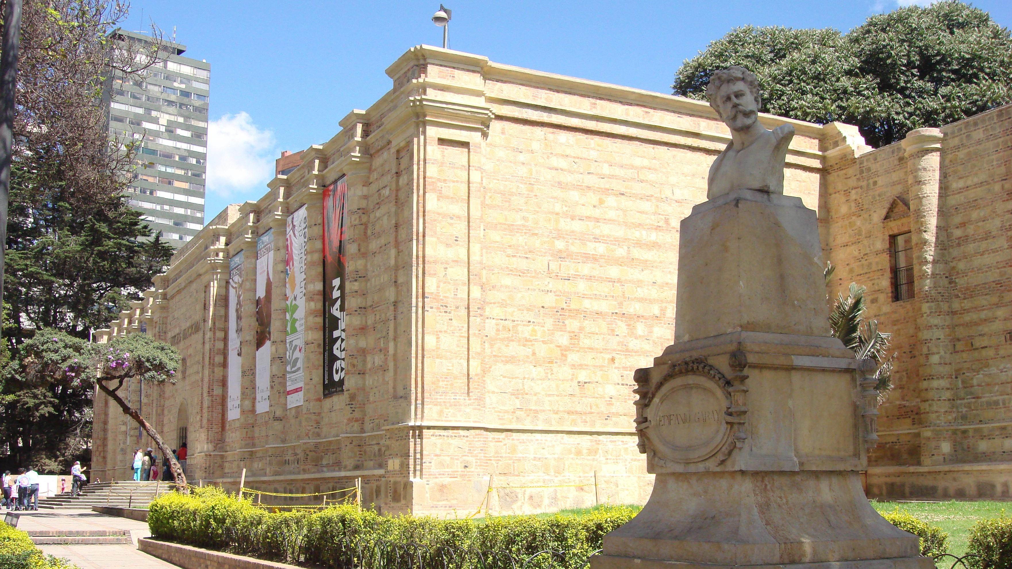 Entrada del Museo Nacional de Colombia