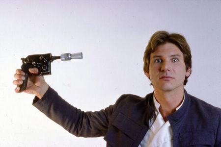 hans_solo_harrison_ford_gun_to_head_star_wars_chewbacca_archive_photos_19d65q3_19d65sb