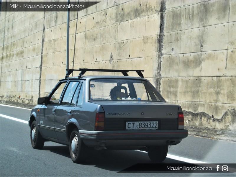 avvistamenti auto storiche - Pagina 35 Opel-Corsa-S-1-2-54cv-88-CT839322-1