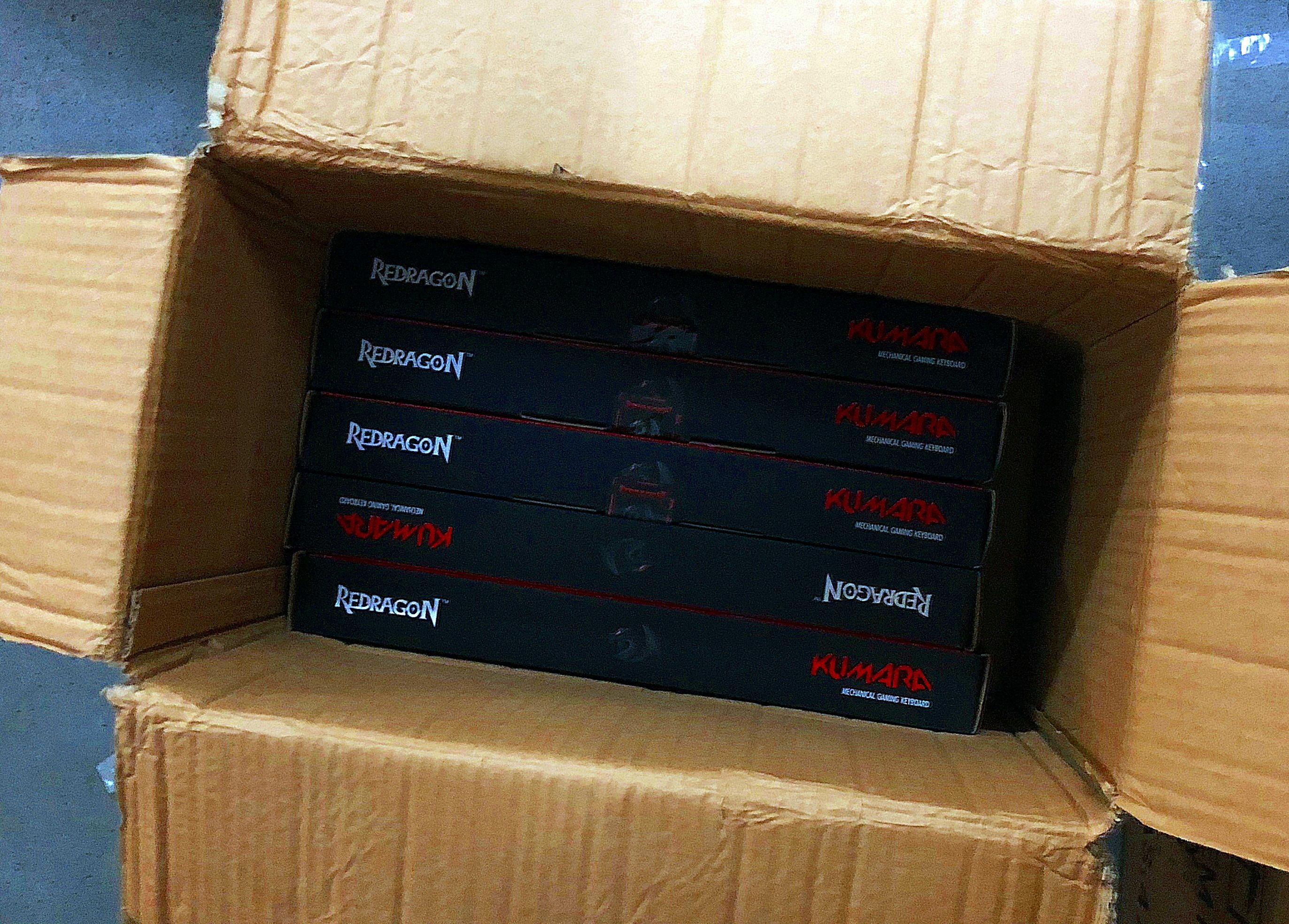 Brand New Redragon Kumara K552 R Blue Switches Tenkeyless Rainbow