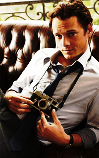 Anton Yelchin #032 avatars 200*320 pixels - Page 2 Anton_Fanny1