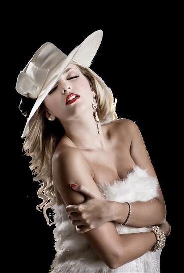 femme_chapeau_tiram_689