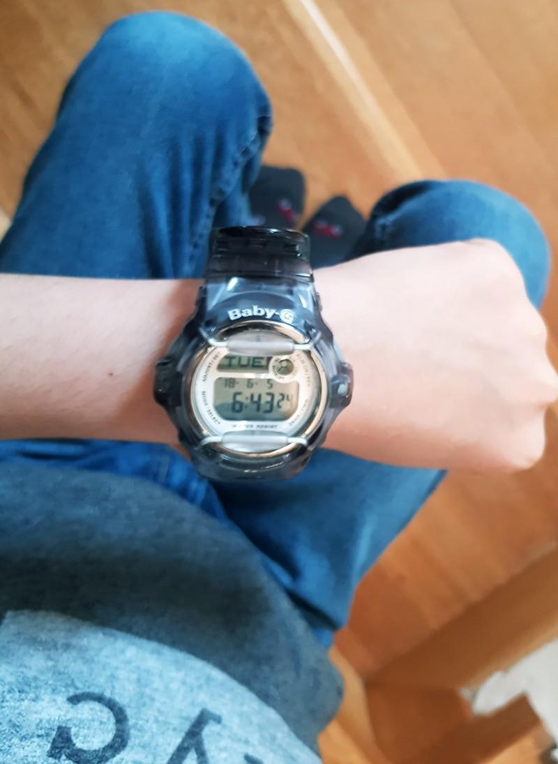 ρολόι χειρός  τί φοράτε ποιο θα θέλατε  - Σελίδα 270 - Μπλα Μπλα ... 798dcee2c01