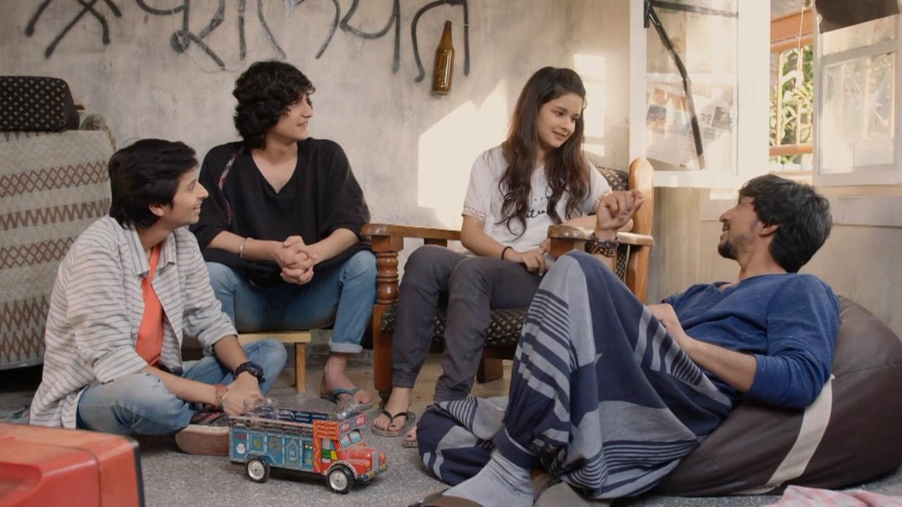 Screenshots Of Hindi Show Babbar Ka Tabbar Season 01 2018 Complete - All Episodes 300MB 720P HD