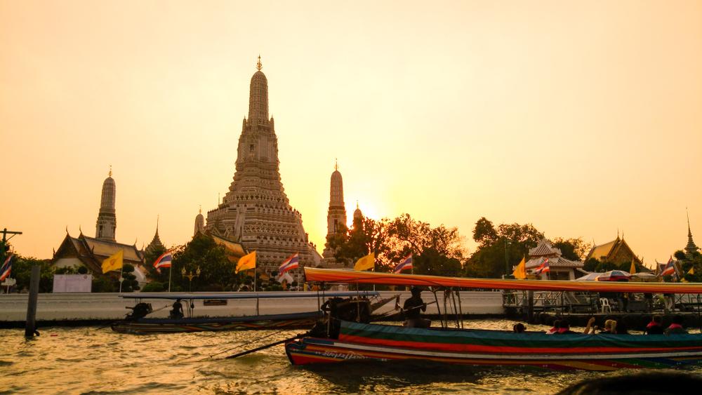 4_D_Bangkok_Pattaya_Wow_Wat_Arun