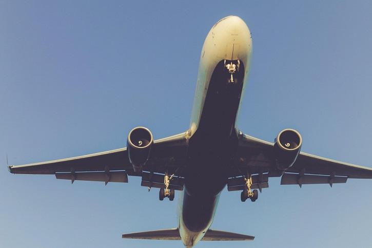 holidays_in_lanzarote_aeroplane_2