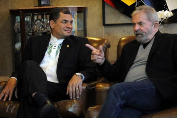 https://image.ibb.co/iPVH1d/Correa_tapa