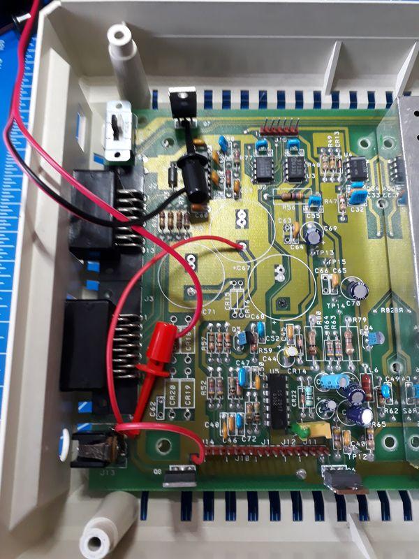 Atari 1050: Adjustable power supply plugged and set