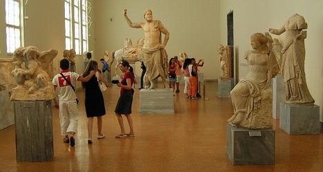 Έλληνες και μουσεία