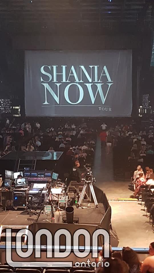 shania nowtour londonontario070418 1