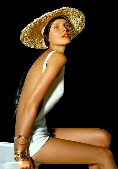 femme_chapeau_tiram_814