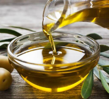 olive_oil_for_pimple_scars