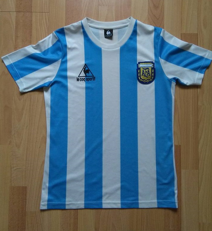43e0588e635 ... which most aligned with Argentina's real 1987 Copa America version, but  this also featured the LCS logo equally moved to the left.