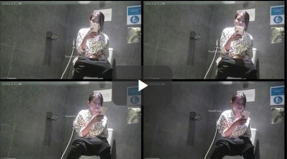 Clip: Em vừa đái vừa tự sướng, Cười tươi vl :))