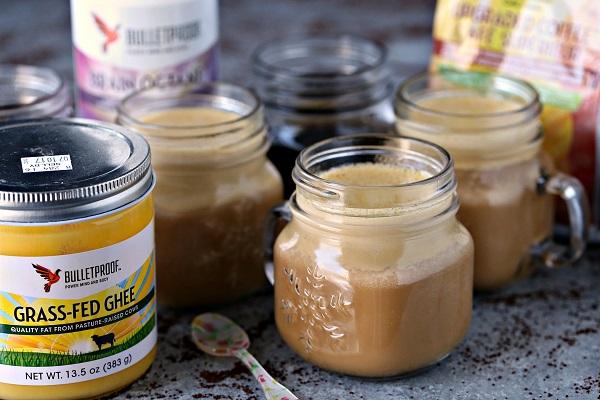 kawa kuloodporna z masłem, olejem kokosowym i olejem mct