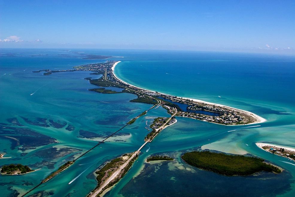 Boca_Grand_aerial_photo
