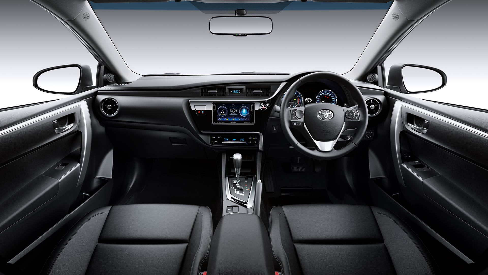 Altis 2019 interior