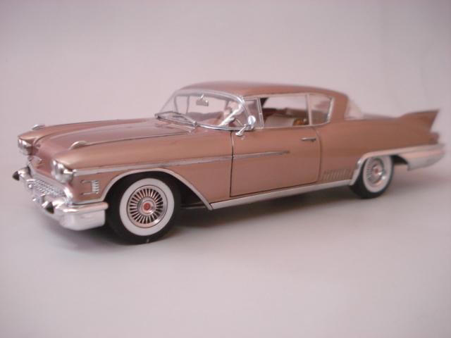 Cadillac Seville 1958 - Arii - 1/24 - Concluido DSC05882