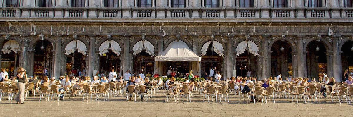 Cafe Florian pierwsza kawiarnia w Wenecji
