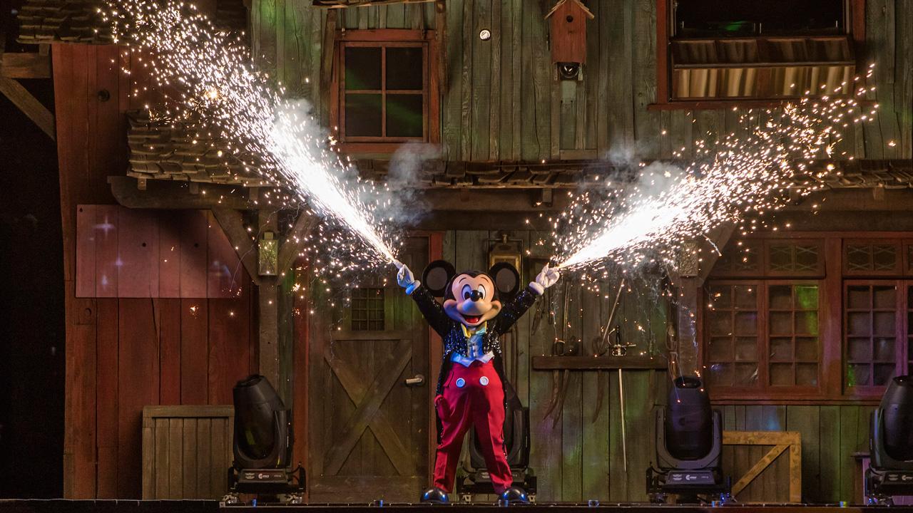 Fantasmic at Disneyland Calfornia