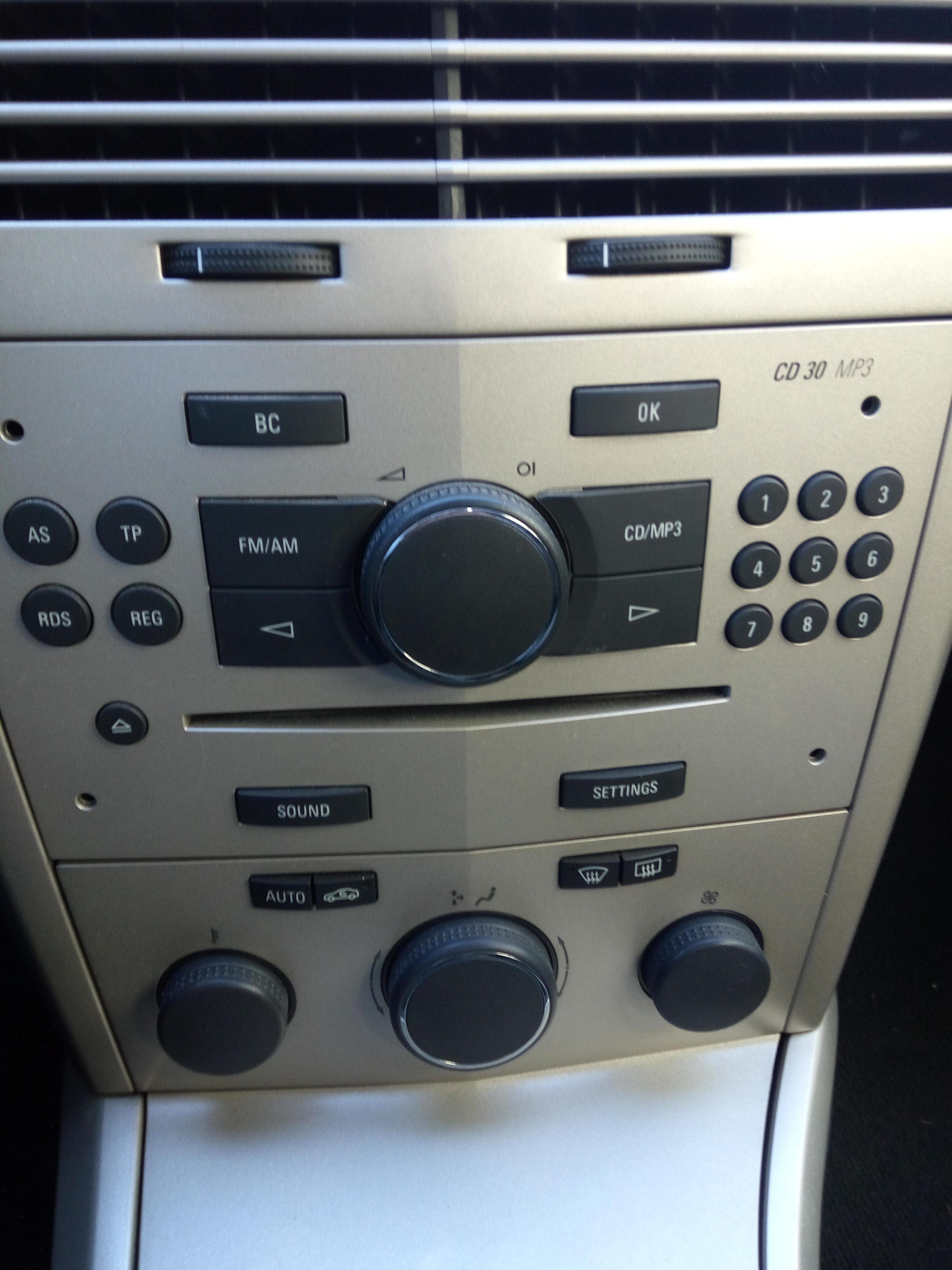 Problema Aire Acondicionado Opel Astra G 2003 (Posible