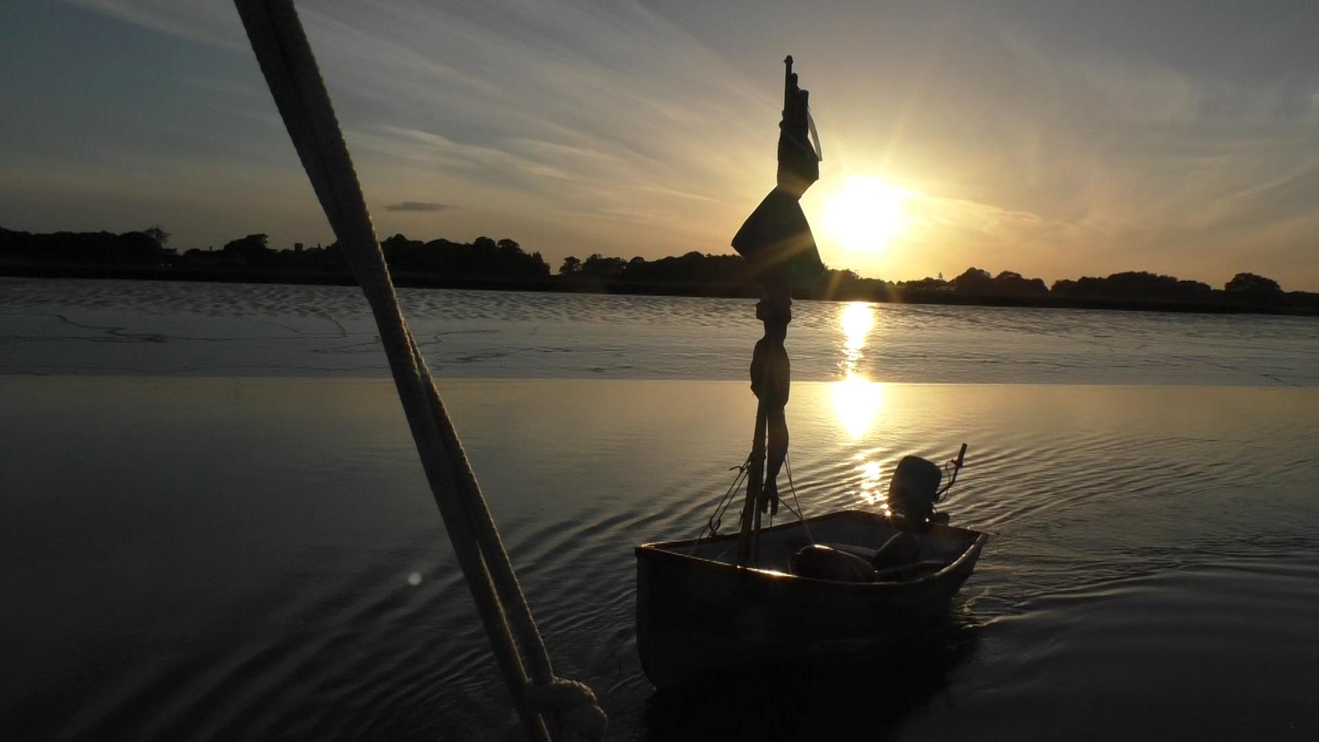 keepturningleft_1_dinghy_sunset.jpg