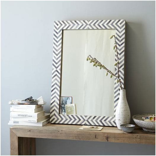 Home_Decorating_Ideas_For_Small_Homes_Mirror_on_The_Wall_2