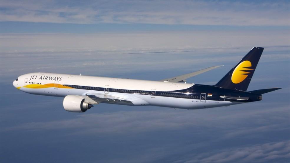 В Индии 30 человек пострадали из-за потери давления в самолёте