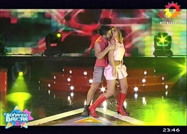 Maribel-Varela-Sx-B2-Stripdance-01.jpg